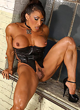 muscle black women extreme small preview