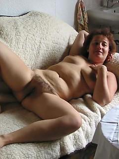 Bra mature women photos